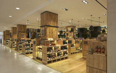 Campaign_Selfridges Wine Shop_∏Hufton+Crow_001w