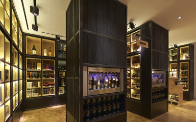 Campaign_Selfridges Wine Shop_∏Hufton+Crow_019w