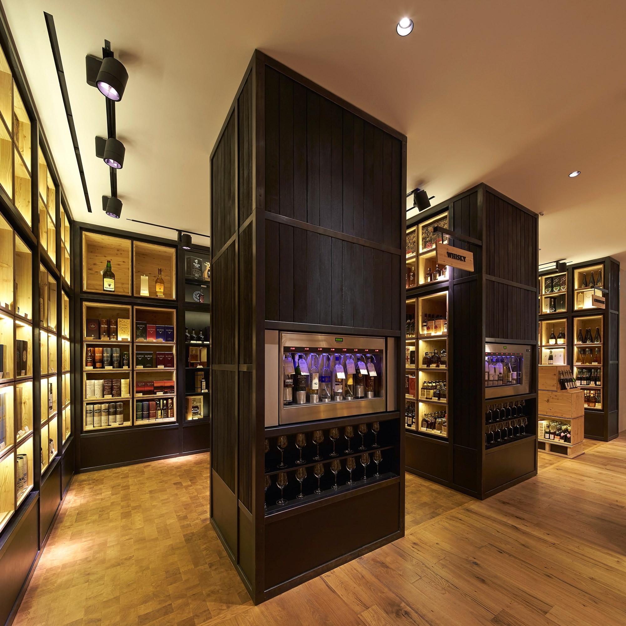 69e7e7b452d9 Campaign Selfridges Wine Shop ∏Hufton+Crow 019w