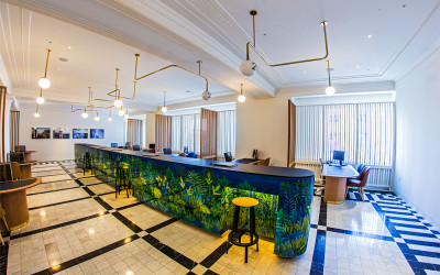 Customer Service Lounge 3